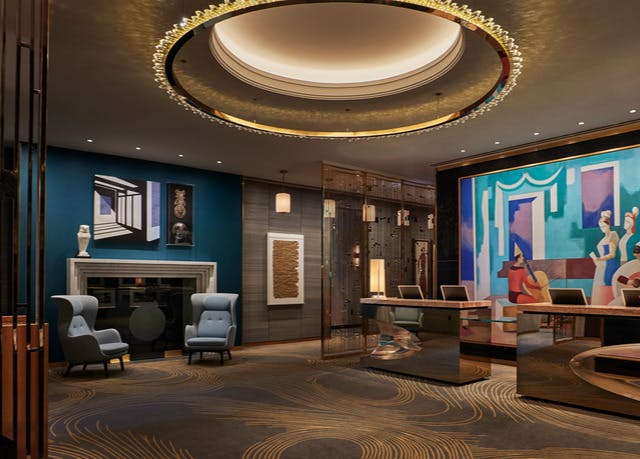 Mystery Hotel In Chicago S Gold Coast Save Up To 60 On Luxury