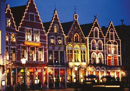 Bruges Christmas Market 2019.Brussels Christmas Markets Cruise Save Up To 60 On Luxury
