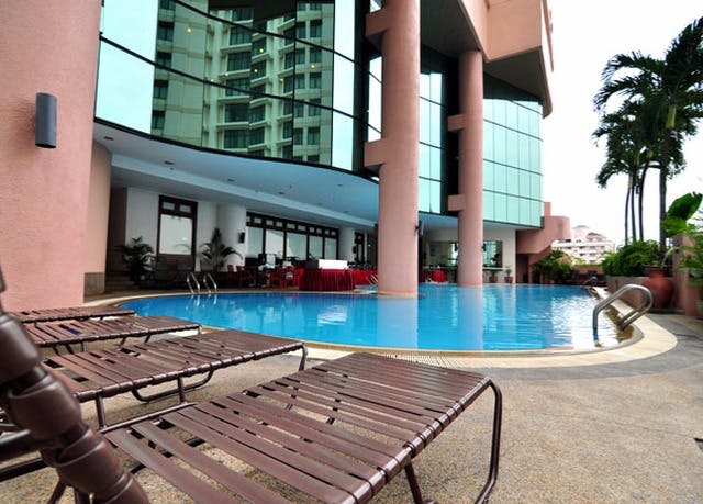 Malaysia beach & city holiday   Save up to 60% on luxury travel