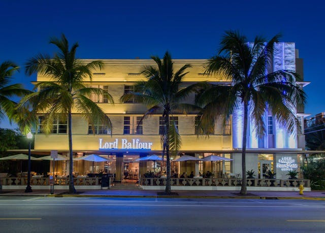 historic boutique hotel on miami's ocean drive | save up