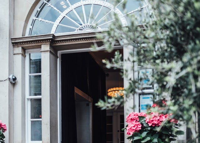 Luxe boutique hotel in the Scottish capital | Save up to 70