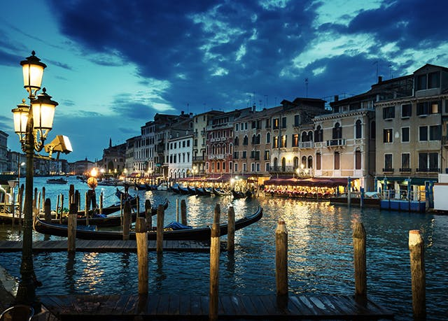 Hotel Monaco Grand Canal Save Up To 60 On Luxury Travel
