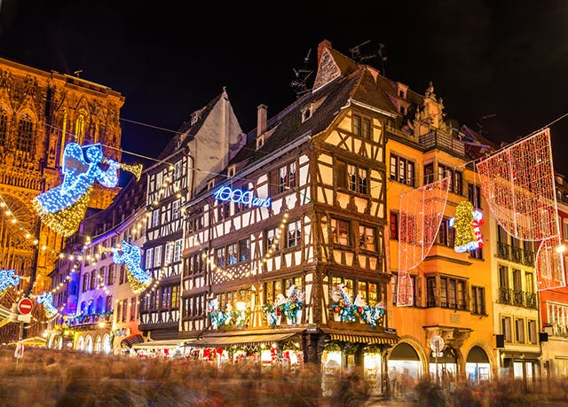 Strasbourg Christmas Market.Hip Strasbourg Design Stay With Christmas Market Dates