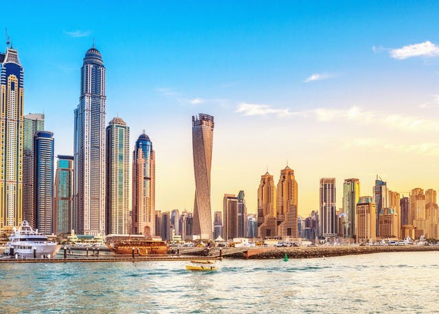 Sleek five-star hotel in dazzling Dubai | Save up to 70% on